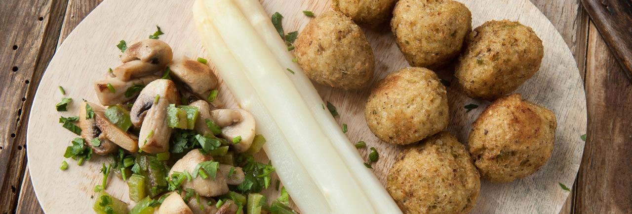 Provamel recetas platos principales alb ndigas de - Guarnicion para albondigas ...